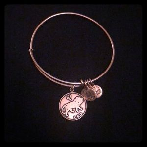Alex and ani Leo bracelet